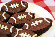 It's Game Time: Throwing a Winning Super Bowl Party